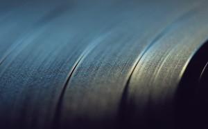 vinyl-close-up-15657